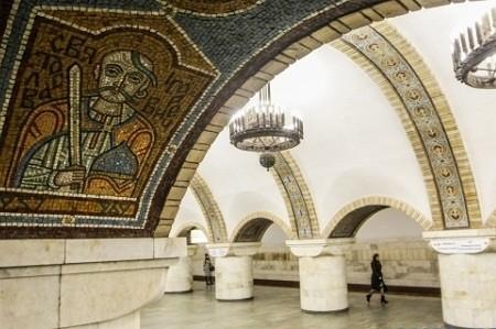 В столичной подземке откроется выставка скульптур от пассажиров