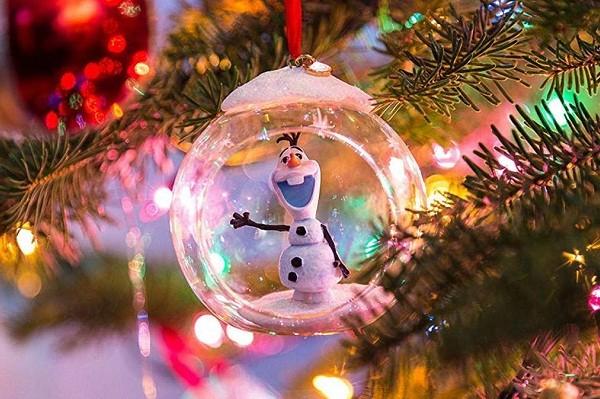 Киевлян приглашают на Праздник новогодней игрушки