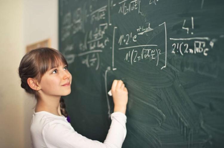 Как понять, что ребенку нужен репетитор по математике?