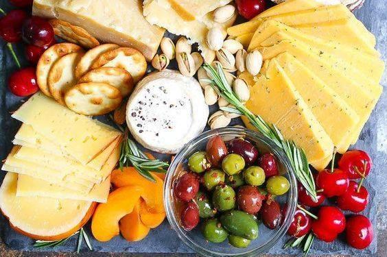 На выходных в галерее «Лавра» устроят праздник сыра