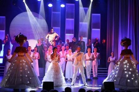 Киевский областной театр им. Саксаганского проводит онлайн-трансляции представлений