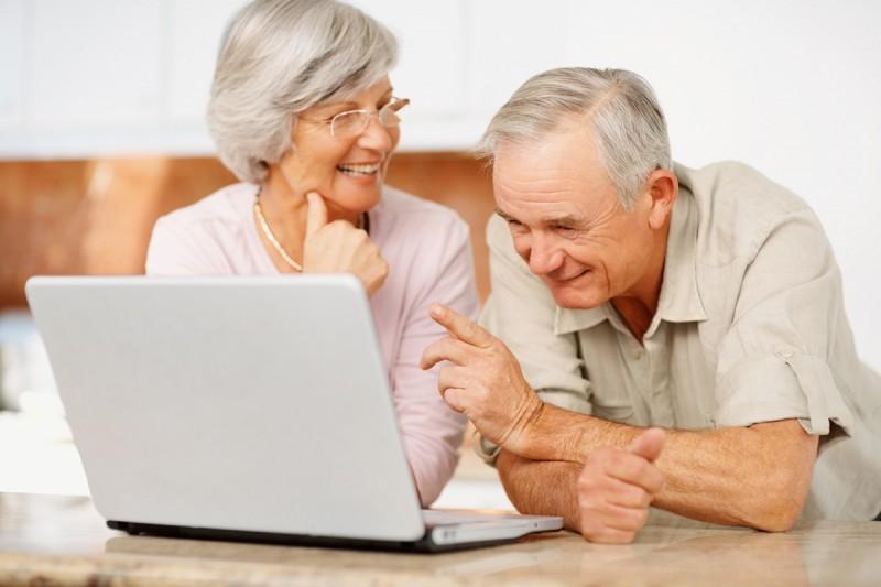 Пожилым людям Киева предлагают попробовать себя в новой профессии