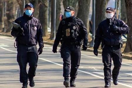 В Киеве установили режим чрезвычайной ситуации