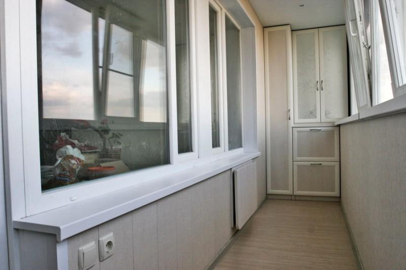 Ремонт балкона: почему стоит доверить работу профессионалам