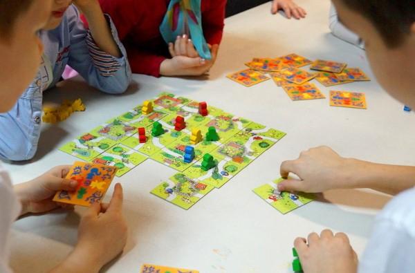 Настольные игры для детей: почему важны и чему учат