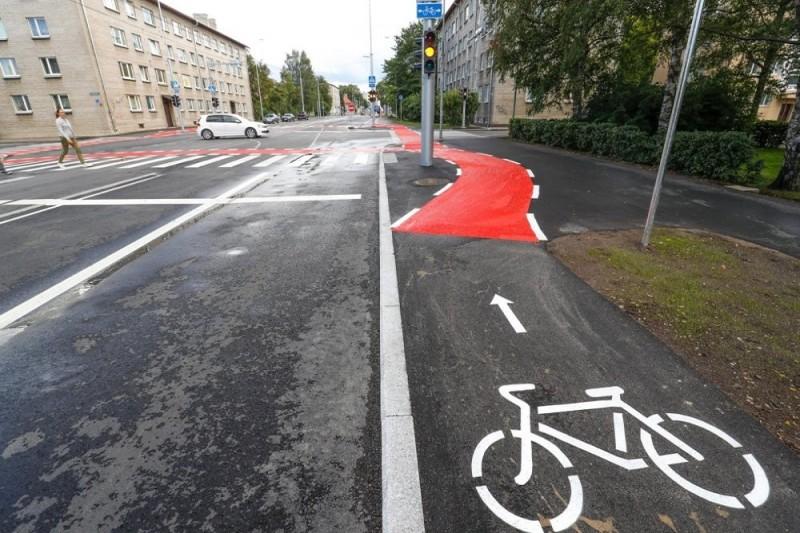 В Киеве обустроили очередную велозону