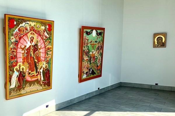 В столице открылась выставка современного искусства «Сокровища Украины»