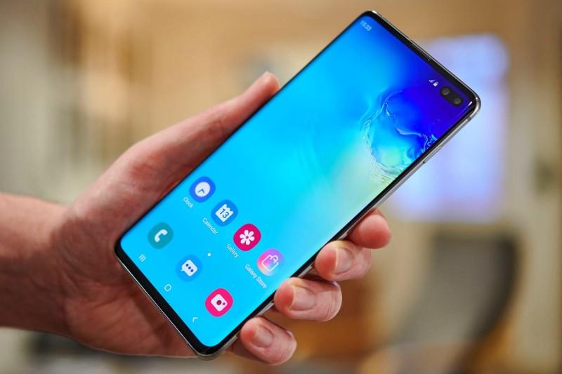 Чехлы для Samsung Galaxy S20