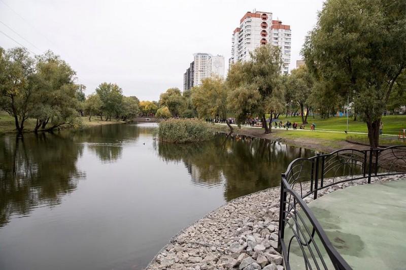 На Троещине расположился современный парк