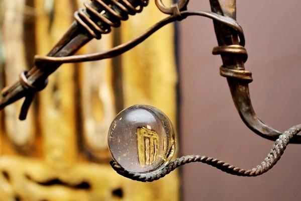 В Музее истории Киева открылась выставка картин-скульптур